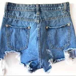 PrettyLittleThing Shorts - Pretty Little Thing Destroyed Denim Shorts SZ 2